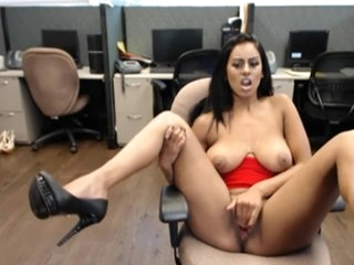 Big tit indian babe masturbates her phat pussy on work