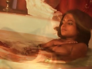 Exotic Bollywood babe undressing Here