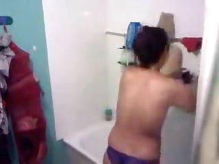 Sexy Kudi In Bathroom