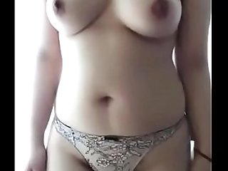 Desi girl fingers herself for pleasure