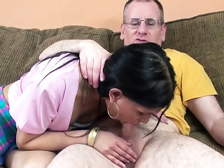 Petite Indian housewife Naomi Shah is getting her mature