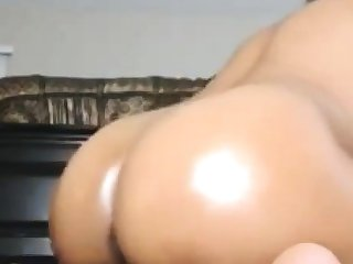 Sexy hot Indian babe takes pleasure out of big dildoride