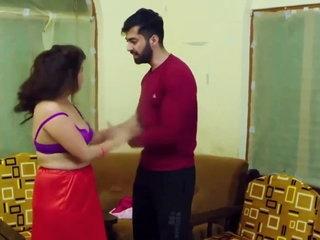 Indian chubby bhabhi fucks hardcore