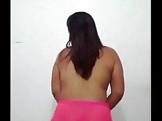 Desi Girl Shaking Her Ass,