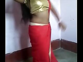Desi Girl Hot Dance.MP4