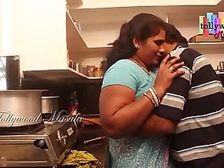 Indian Aunty Affair With a Teen Boy