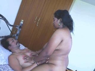 Desi aunty ki chudai, follow telegram id ( xxxclubx )