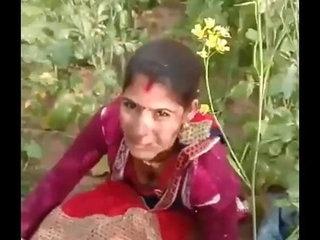 sarso me chudwa rahi thi hindu hokar budha muslman se sali