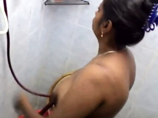 Indian girl take shower full naked and SomeOne record hidden