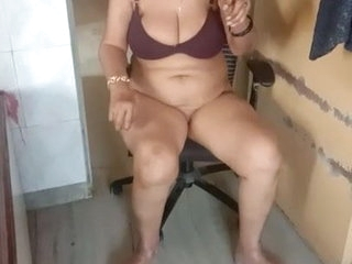 Meena Indian Bhabhi